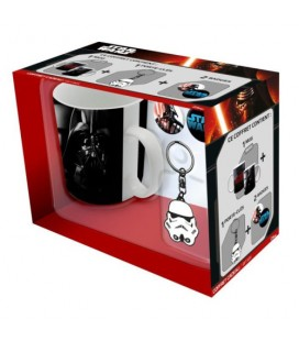 "STAR WARS - GIFT BOX - MUG/TAZZA KING SIZE 460ML + PORTACHIAVI/KEY RING + BADGES/SPILLE ""TROOPER"""