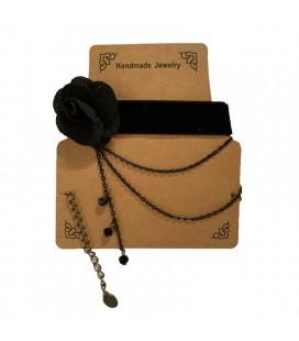 Collana choker handmade del fiore nero
