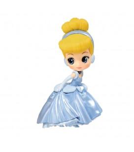 Cinderella Action Figure Qposket Disney - BANPRESTO
